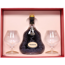 Hennessy XO gift set with 2 glasses
